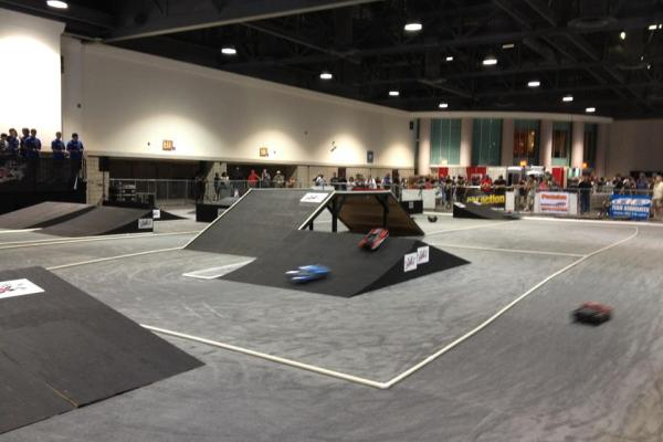 RCX Long Beach Carpet track with wooden jump terrain